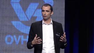 Repeat youtube video OVH SUMMIT 2013 : Portrait des
