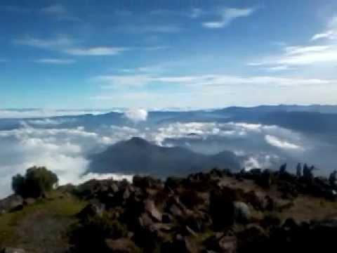 Vista desde el pico del volcan santa Maria de Quetzaltenango