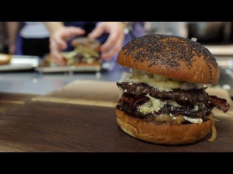 TESTAR: Ny hamburgare på The Flying Elk