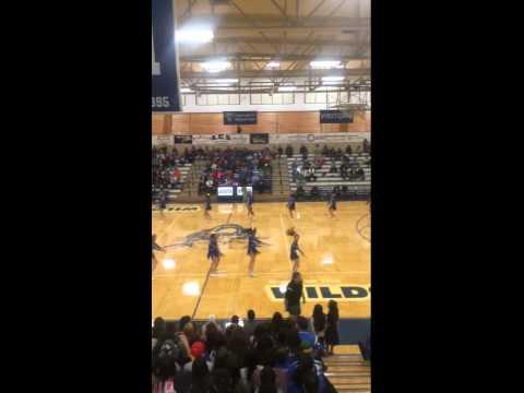 Lovington high school cheerleaders dance (: