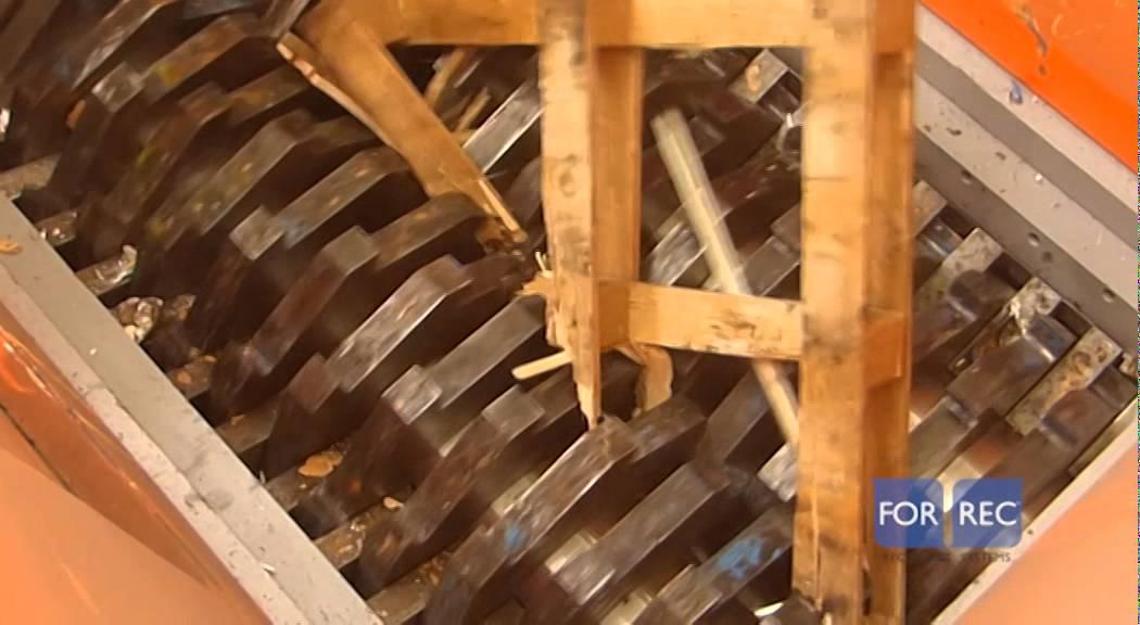 Broyeursà deux arbres (TB) pour le recyclage de palettes bois Forrec YouTube # Vieillir Bois De Palette