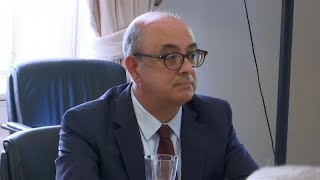 Ministro da Defesa português, Azeredo Lopes, demite-se