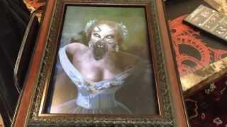 unliving portraits lady