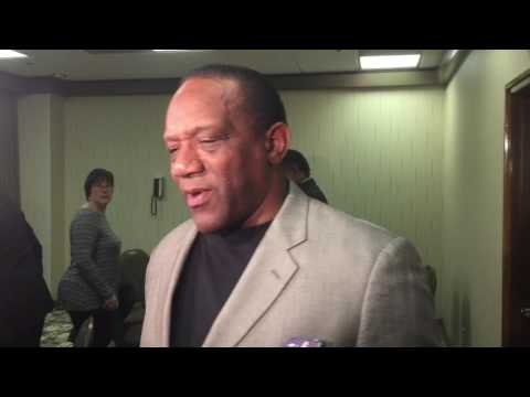 HOL HD: Billy Sims talks at Outland trophy reception