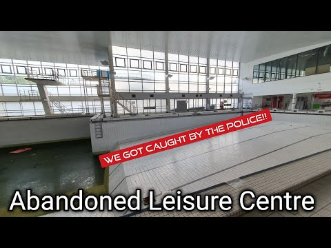 Exploring An Abandoned Leisure Centre (Chelmsford)