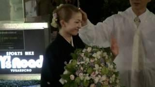 2012年7月1日 東京宝塚劇場宙組千秋楽、野々すみ花さんの出待ちです。