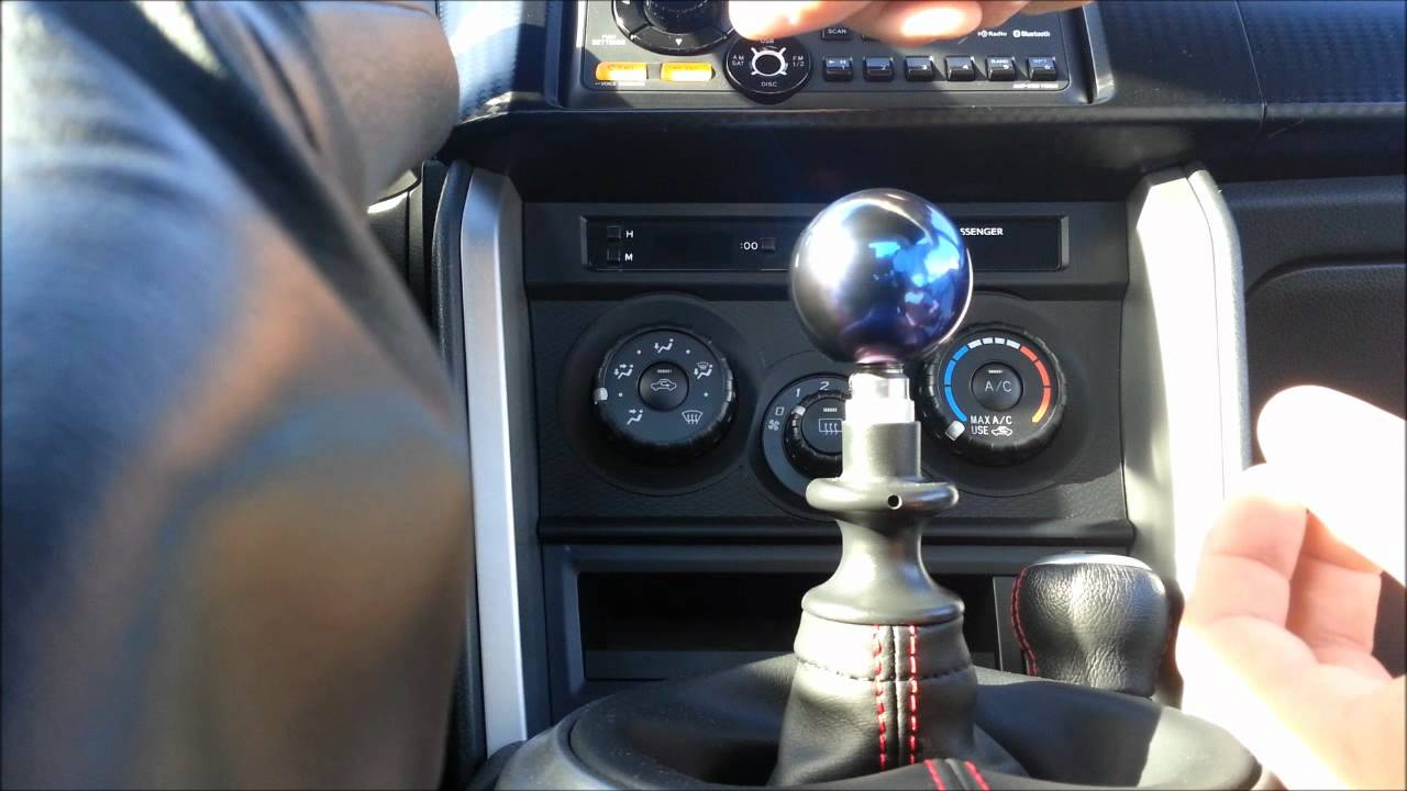 Scion Frs And Subaru Brz Shift Knob T1r Youtube
