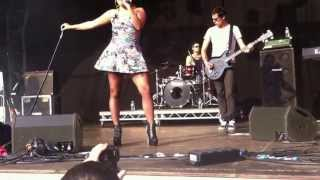 Amelia Lily - Shut Up (And Give Me Whatever You Got) live at Godiva 2013 (7.07.13)