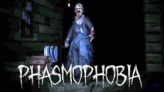 Ghost Hunting In Phasmophobia