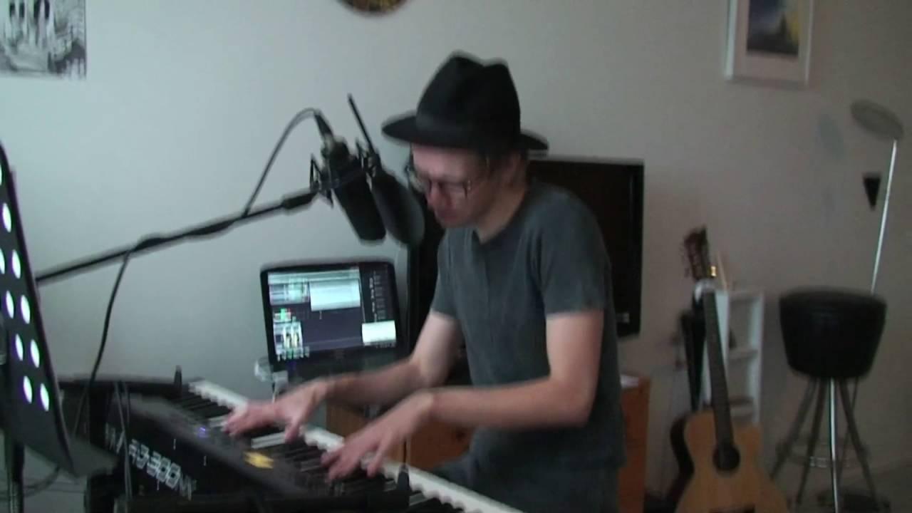 sanni-trampoliini-vocal-piano-cover-jaakko-kiuru