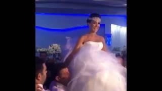 Жениха и Невесту носят на руках /Армянские свадебные традиции / Armenian wedding
