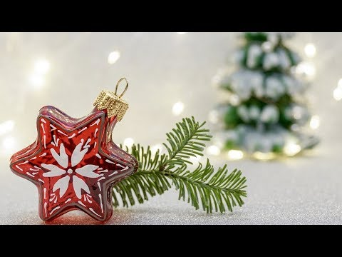 2 DIY projects for Christmas - mini Christmas tree with recycled material