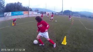 Soccer drill - body feint - change direction -  u12 players