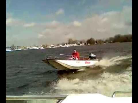 Boston Whaler 13 Super Sport yamaha 40 hp vs Colombo