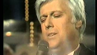 Jack Jones sings Michel Legrand - What are you doing the rest of your life.