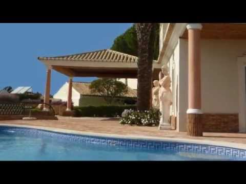 Luxury Villa in Lagos Algarve Portugal / VillasKey.com
