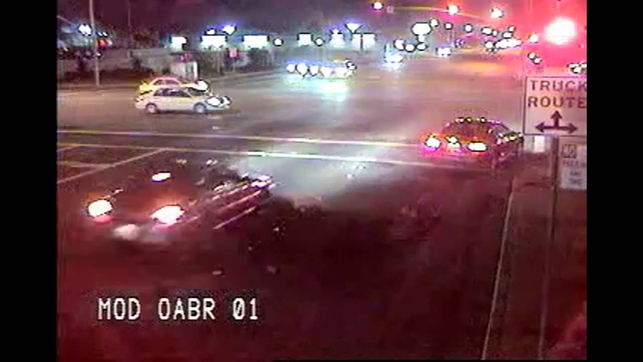 Red light violator at Briggsmore Avenue and Oakdale Road
