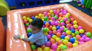 Piscina de pelotas LuisMi