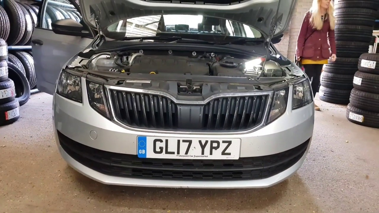 How To Replace Dipped Beam H7 Headlight Bulb Skoda Octavia Full