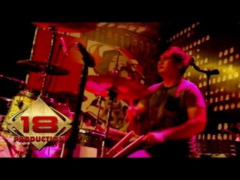 Live Konser !! Sheila On 7 - Sebuah Kisah Klasik Untuk Masa Depan