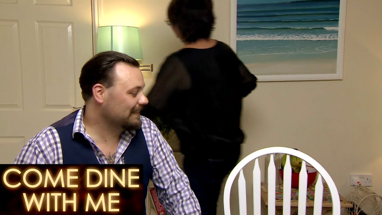 Debbie STORMS Out! | Come Dine With Me