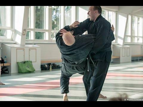 Osoto Gari. Bushi Kempo Jujitsu Method.