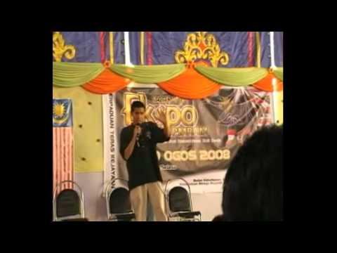 Ustaz Don Daniyal Don Biyajid ( Ketika menjadi Host Pertandingan Nasyid )
