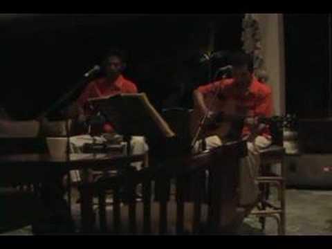"""""""亜麻色の髪の乙女"""" by Indonesian Singers"""
