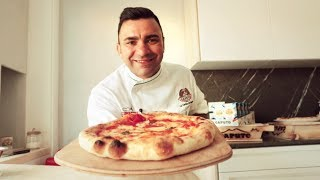 Neapolitan pizza at home by Davide Civitiello