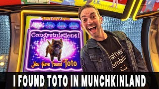 😍 I FOUND TOTO! 🐶 Rare Bonus Feature on Munchkinland 🍭 007 Bonus Comeback 🔫