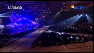 THE VIRGIN Live At SCTV Music Awards 2013 (29-04-2013) Courtesy SCTV