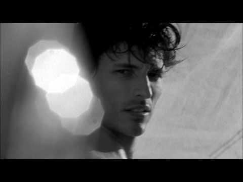 ALLURE HOMME SPORT CHANEL- ANDRES VELENCOSO BY BRUCE WEBER - YouTube 919363392f1