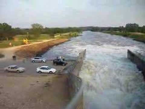 Spillway at perry lake ks youtube for Ks fishing license
