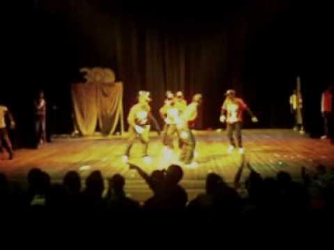 .Meilleur group de danse au gabon.....dandy crew..avec le jazzer a la fin..