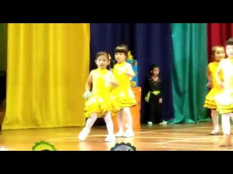 Pencuri Hati, Ayda Jebat performed by Delisha and the gang.