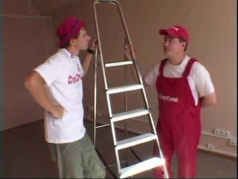 Как очистить потолок от побелки