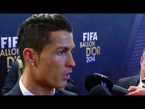 Cristiano Ronaldo Urges Real Madrid Fans To Be Nice & To Back Gareth Bale