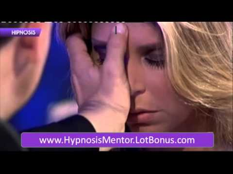 how to hypnotise a girl to like you