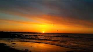 BEACH DAWN,  WHITLEY BAY SUNRISE, OCEAN WAVES, RELAXATION As Dawn Breaks