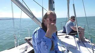 Геленджик 2021 Морская рыбалка на яхте в открытом море Как ловят рыбу на черном море