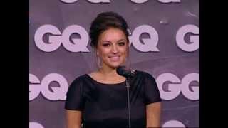 GQ Человек года 2013 – полная версия, женщина года (3)(Ургант шутит, гости аплодируют, а гимнастка Евгения Канаева получает премию