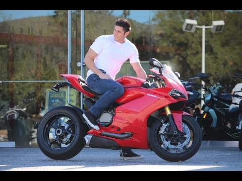 Should I Buy a 1299 Ducati Panigale?