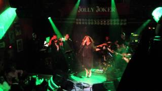 Isin Karaca feat. Sefa - Vurgunum @ Jolly Joker