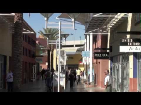 Las Vegas - great shopping in the Premium Outlets for less HD