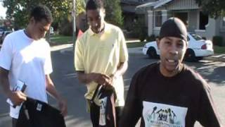 UNSIGNED PAPARRAZI in the hoods of D-SLO
