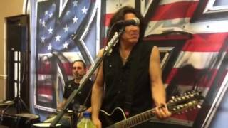 KISS CHRISTINE SIXTEEN ACOUSTIC SHOW TUCSON 07/04/2016