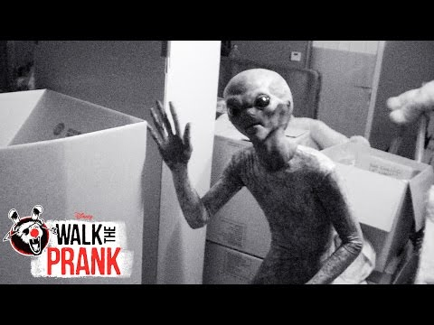 Aliens | Walk the Prank | Disney XD