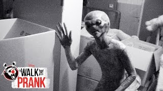 Aliens | Walk the Prank | Disney XD