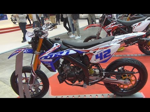 Rieju MRT 50 Pro Supermotard (2020) Exterior and Interior