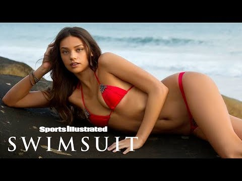 Michelle Vawer Shakes Her Hips Your Way In Australia | Outtakes | Sports Illustrated Swimsuit